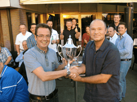 Golf_event_cup_winner