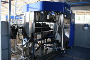 melkrobot warm water systeem